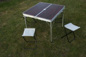 Bord och stol-0
